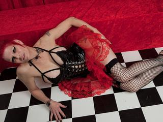 A Dutch kinky babe!
