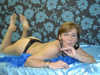 I´m a hot, mature woman with great body!